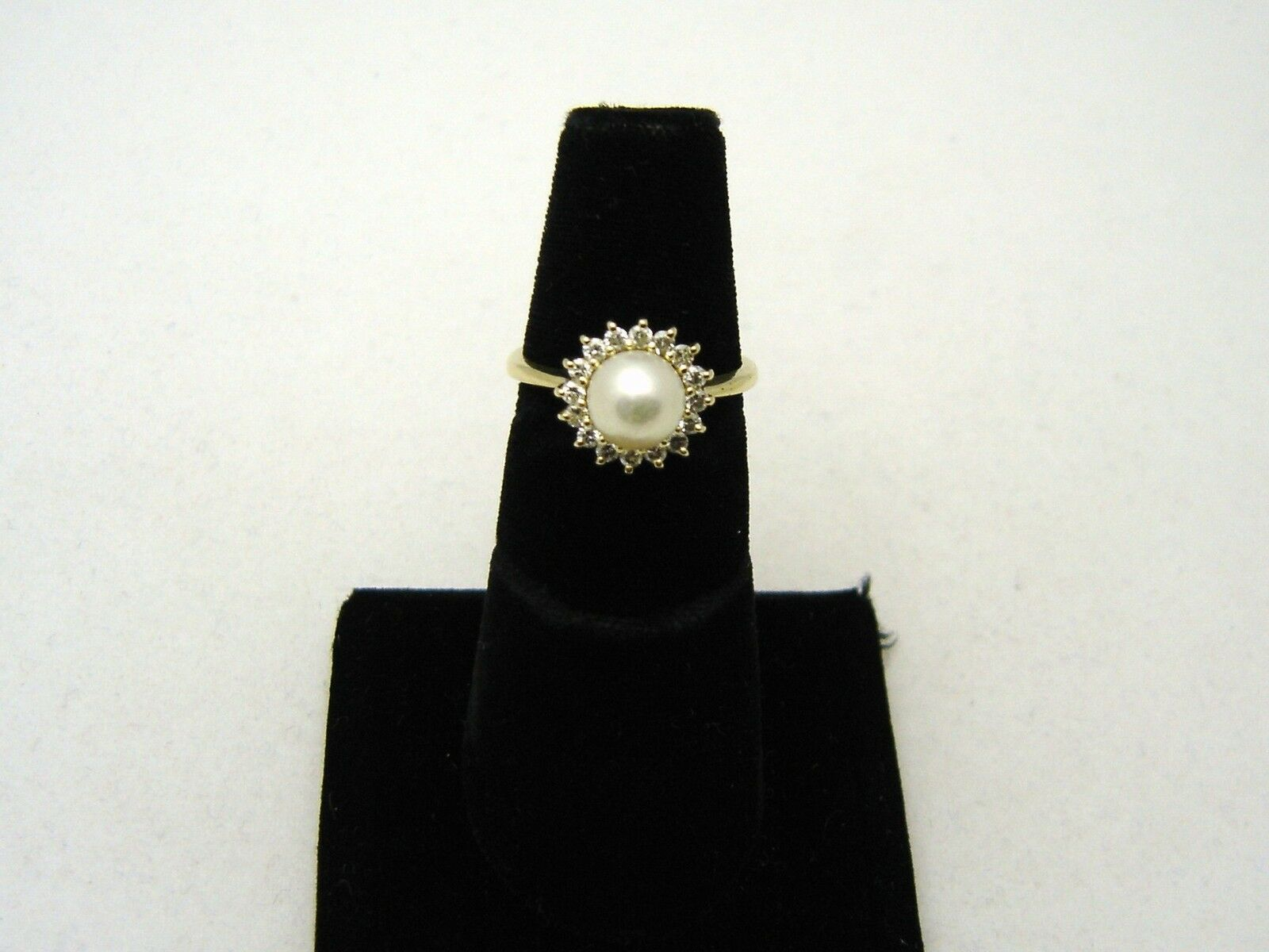 FABULOUS 14K gold CULTURED SALT WATER PEARL and 16 DIAMOND RING SIZE 6 1 4