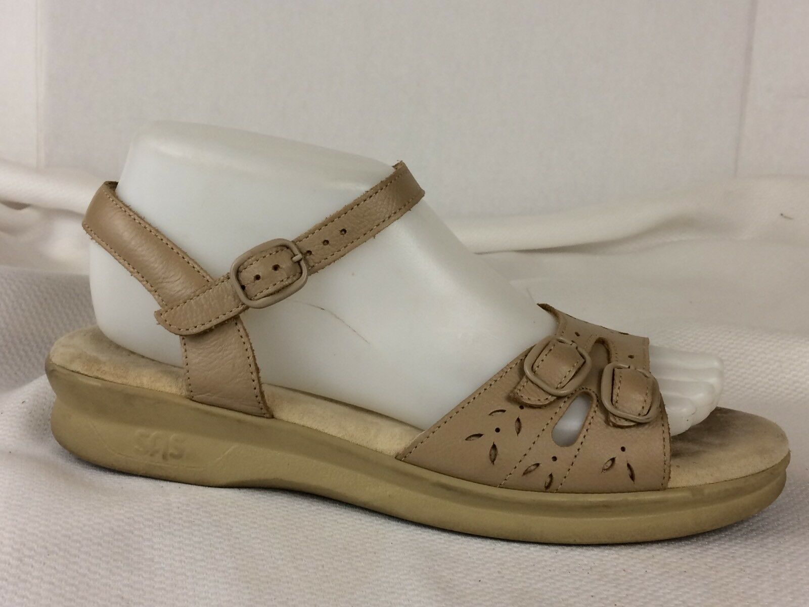 SAS Tripad Womens 8 NARROW Comfort Sandals Beige Ankle Strap shoes Leather Wedge