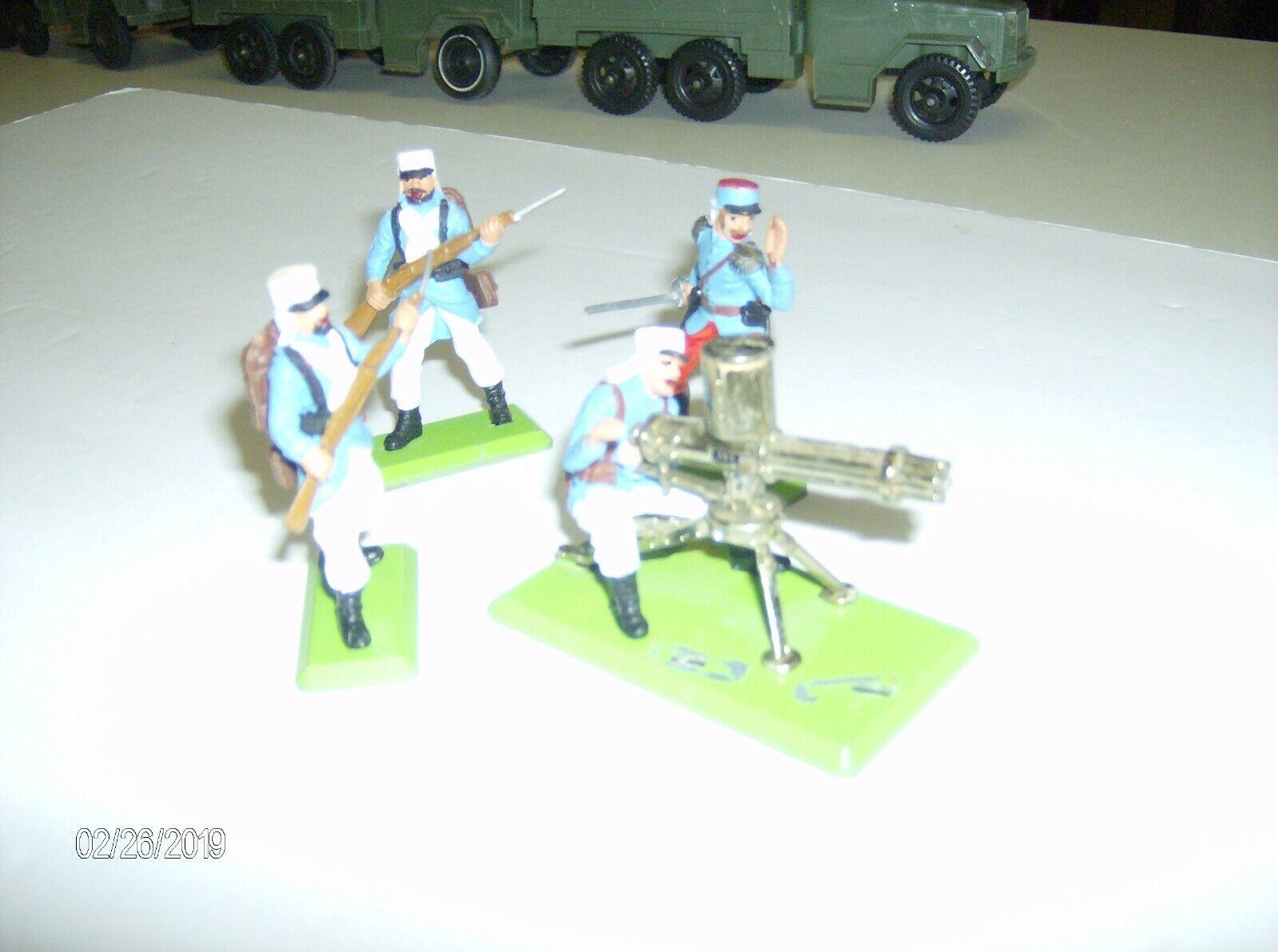 Britains LTD deetail Foreign Legion Patrol Five figures plus MG (1975)