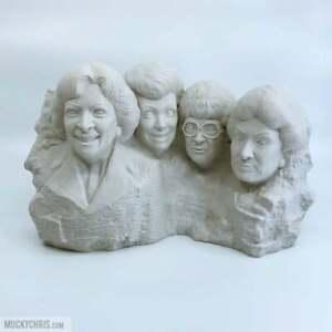 Golden-Girls-Mt-Rushmore-Statue-The-Golden-Girls-Golden-Girls