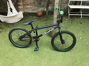 Bmx Bike  United Recruit Bmx 2011 Edition green With Blue Eclat Pedals 20034 - South Woodford, London, United Kingdom - Bmx Bike  United Recruit Bmx 2011 Edition green With Blue Eclat Pedals 20034 - South Woodford, London, United Kingdom