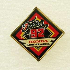 HONDA-TOUR-1992-PIN-BADGE-vintage-motorcycle-bike-collectible-Used-VGC
