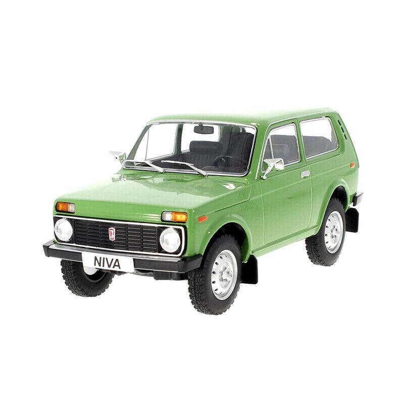 Promotor Mcg18111 Lada Niva green Escala 1 18 Coche a Escala ¡Nuevo  °