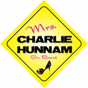 Mrs Charlie Hunnam On Board Novelty Car Sign fsuTQ8CQ-09160341-290341535