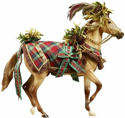 Breyer 2016 Woodland Splendor Holiday Horse BRAND NEW DAMAGED PACKAGING