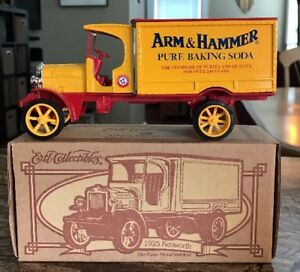 7-ERTL-Collectibles-1995-1-34-1925-Kenworth-Die-Cast-Truck-F572-Arm-amp-Hammer