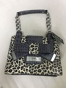 Image Is Loading Women 039 S Guess Leopard Print Laurita Purse