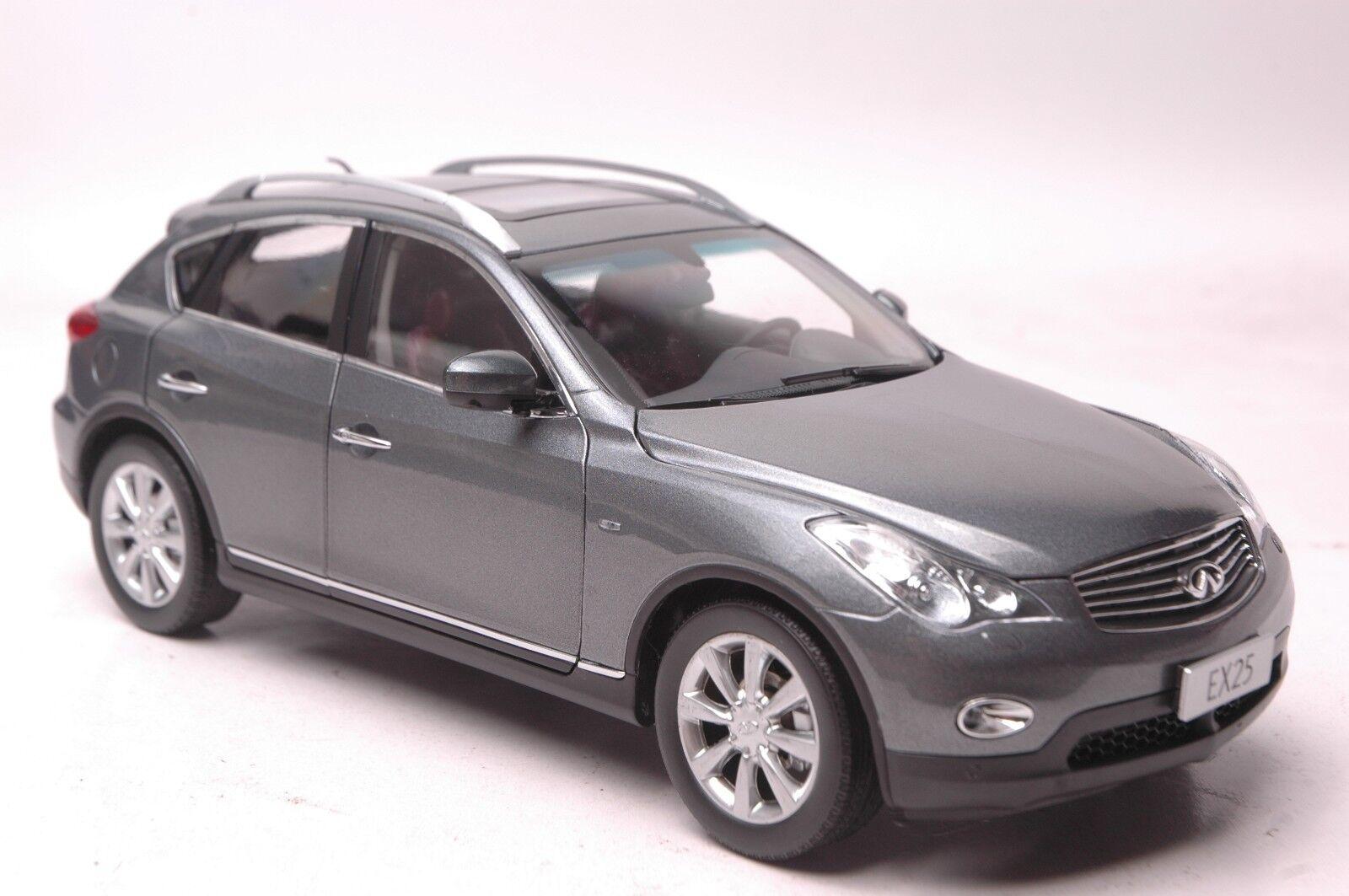 Infiniti EX25 car model in scale 1:18