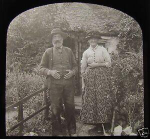 Glass-Magic-Lantern-Slide-A-WELSH-FARMER-AND-HIS-WIFE-C1910-EDWARIDANS