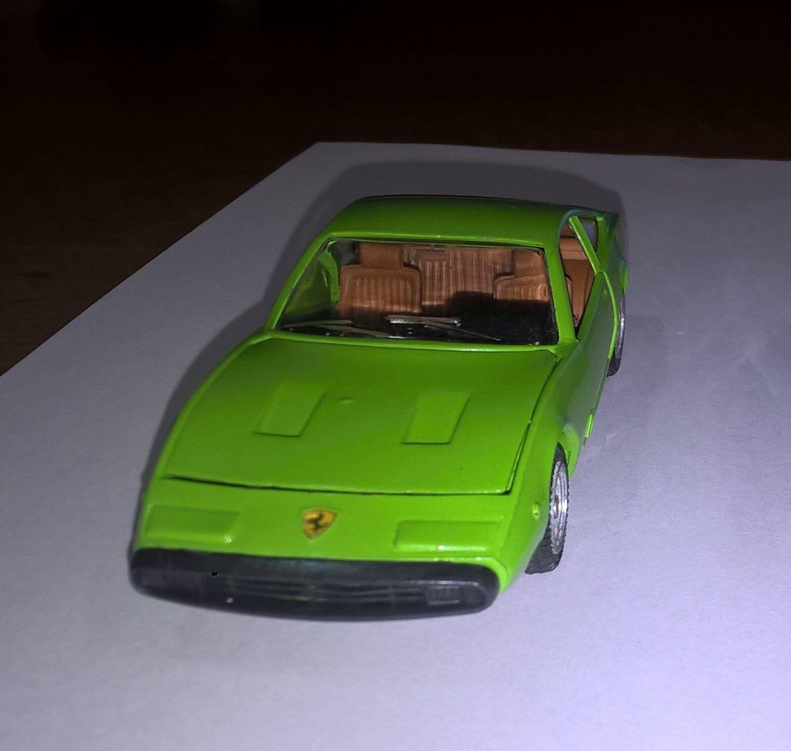 Mebetoys art.50 Ferrari 365 GTC-4 colore Verde. Perfetto come nuovo.