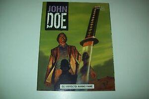JOHN-DOE-N-11-GLI-AVVOLTOI-HANNO-FAME-EURA-EDITORIALE-ANNO-II-APRILE-2004-OTTIMO
