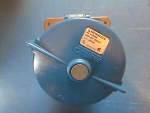 MENNEKES-ME4100R9-100A-4W-250-Vac-RECEPTACLE