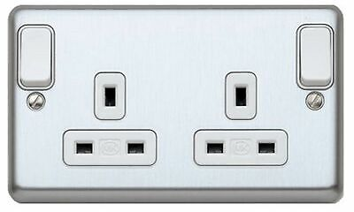 MK électrique Albany plus K2947BSS 13 A 250 V 2 G Double Switch Socket