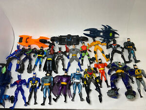 Lot-of-19-Batman-Action-Figures-From-Late-1990s-Early-2000s-Hasbro-Kenner