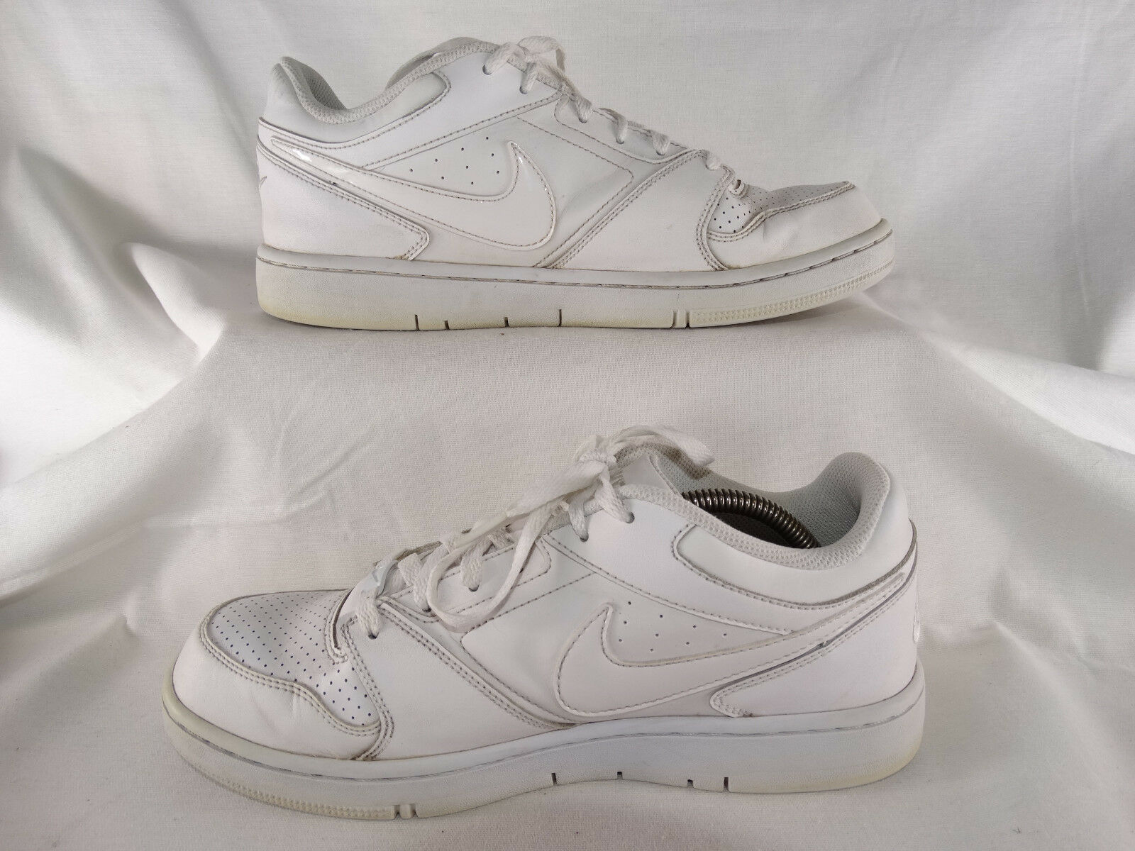 Nike Prestige IV Low Low Low Basketballschuhe 488428-111 Turnschuhe weiß EU 42,5 US 9 ee70dd