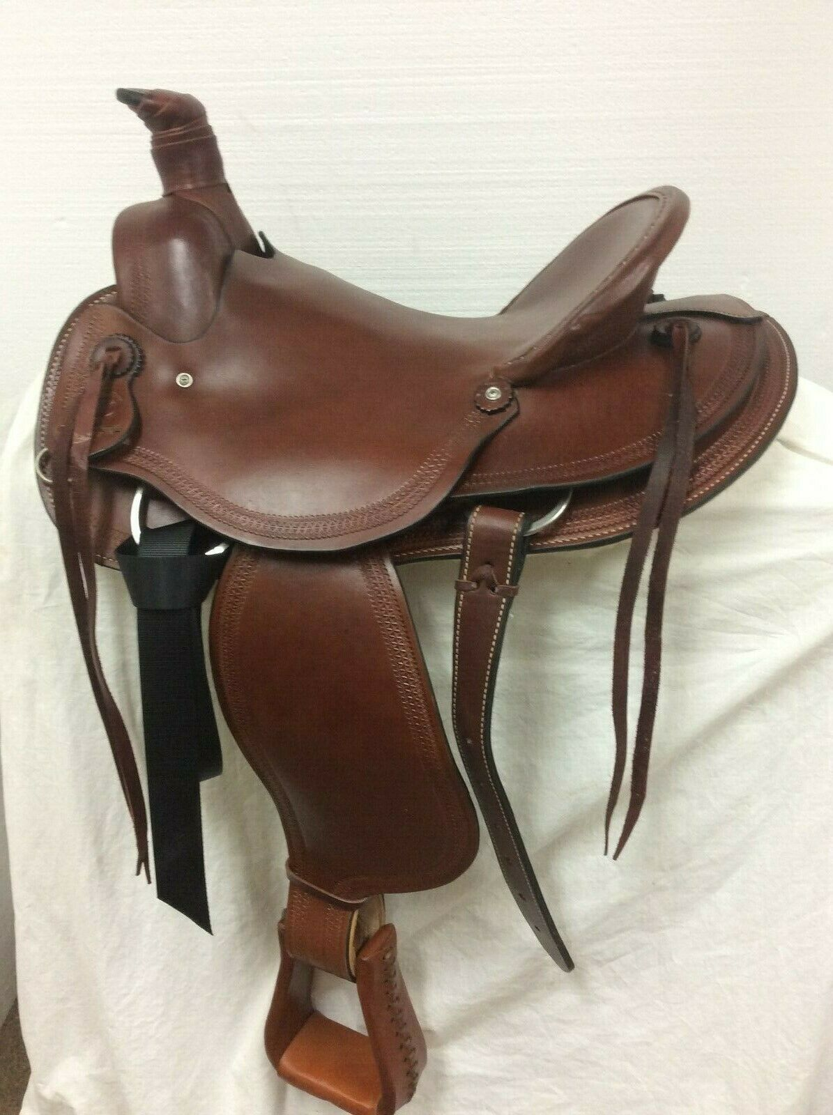 Circle M 16 Western Ranch Saddle Full Quarter Horse Bar's  1641