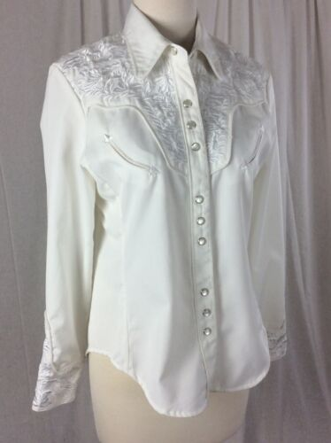 Scully Western  White on White Embroidered cowgirl