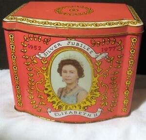 Queen Elizabeth II Silver Jubilee Photo Tin 1977 Royal Pink Hinged Tea Biscuit