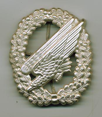 BW Barettabzeichen Fallschirmjäger,Fallschirmjägertruppe,silber matt,Metall,DSO