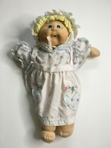 Vintage-Cabbage-Patch-Doll-PA-1044-Signed-in-Black-Xavier-Roberts-1984