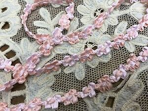VINTAGE-FRENCH-ROCOCO-SATIN-RAYON-1yd-3-8-034-FLORETTES-Pink-amp-Coral