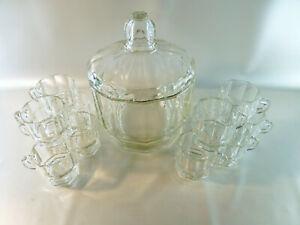 Schoenes-altes-Bowle-Set-aus-Glas-12-Tassen-1-grosses-Bowleglas-mit-Deckel