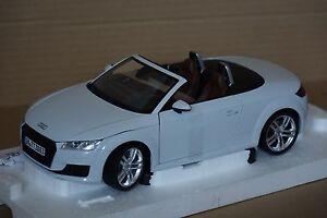 Audi TT Roadster 2015 1:18 Audi/Minichamp<wbr/>s neu & OVP 5011400515