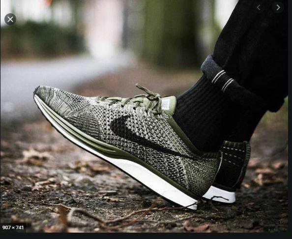 Mens 10.5 W 12 Nike Flyknit Racer Shoes