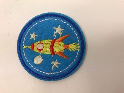 "Sale!...Set Of 15...2"" Round Blue Rocket Ship Patches...Iron On Lisa"