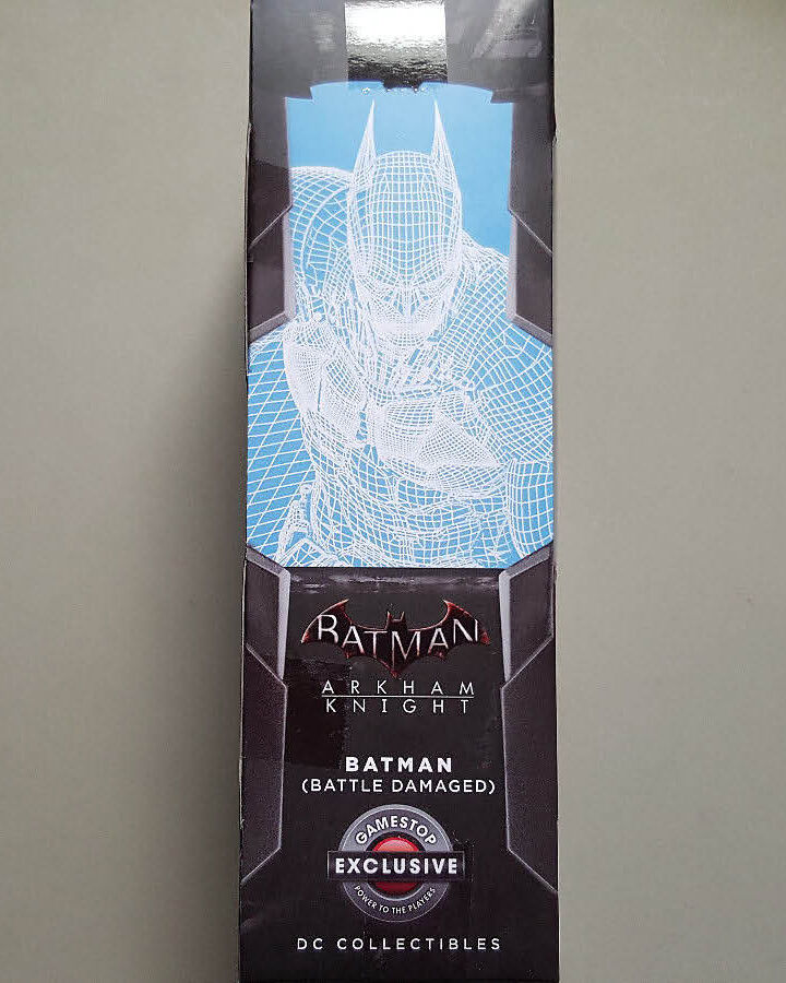 DC COLLECTIBLES ARKHAM KNIGHT BATMAN BATTLE DAMAGED FIGURE LIMITED EDITION EDITION EDITION RARE fd3fcd
