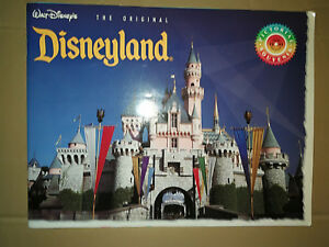 Rare-Walt-Disney-039-s-Disneyland-Original-A-Pictorial-Souvenir-Booklet-1993