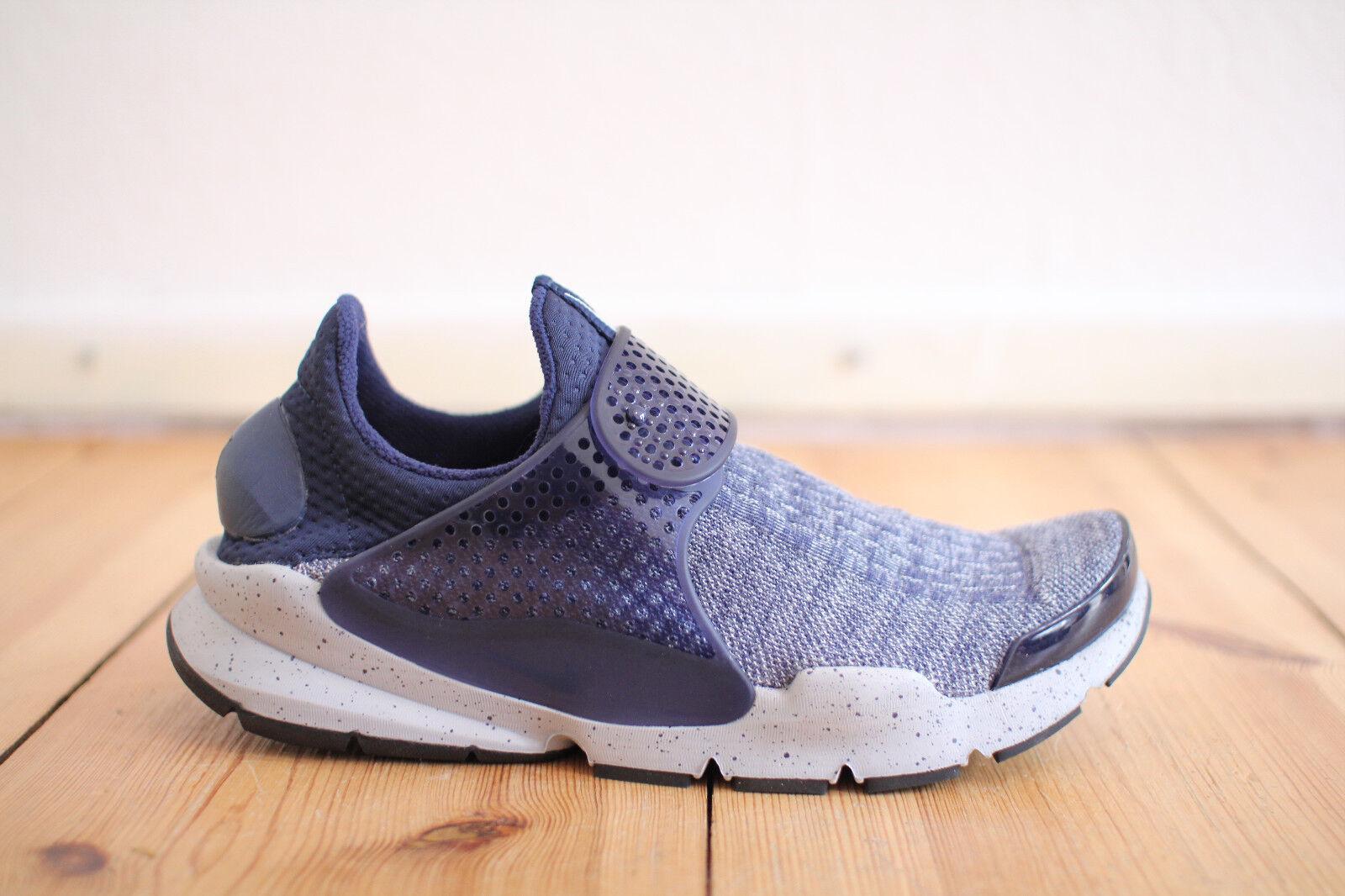 Nike Sock Dart SE Premium Blau Oreo Gr. 42,43,44,45 NEU & OVP