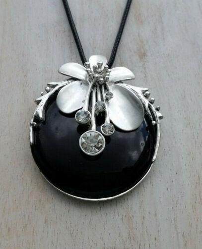 Halskette Anhänger 5,5 cm silberfarben matt schwarz Strass klar floral K 31
