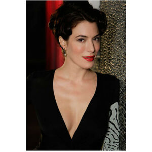 Details About Jaime Murray In Black Dress Deep Red Lips Leaning Against Wall 8 X 10 Inch Photo
