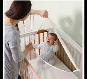 Tiny viaggiatori Club lettino Net fornendo protezione-facile accesso al tuo bambino.