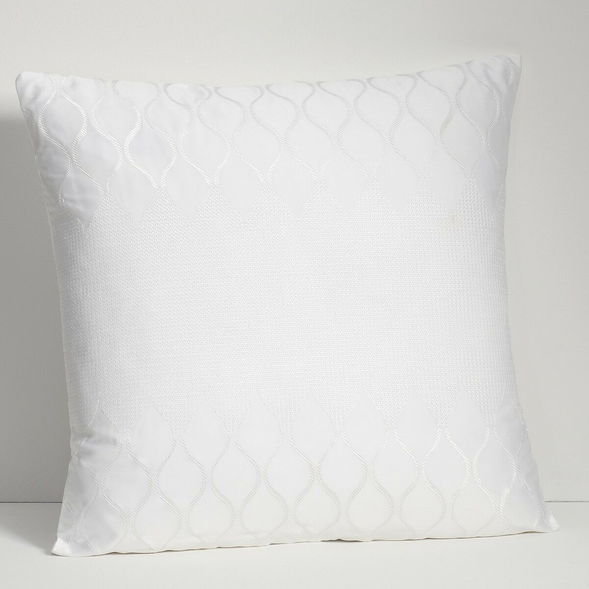 HUDSON PARK Bedding, Ogee 18  x 18  Decorative Bed Pillow White S205