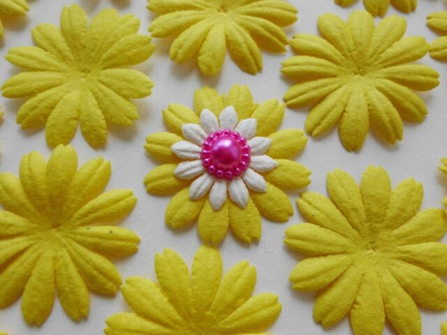 100! Mulberry Paper Flower Petal Blossom - Large Easter Yellow Daisy - 4cm/1.5""