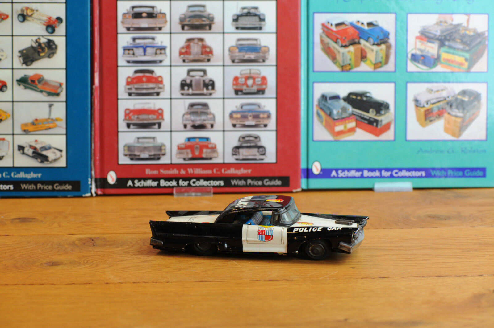 _AntiqueTin leksakjapaner Kokyu Shokai Cadillac Police bil japan Sällsynt