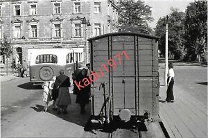 E86) Foto RSE, Hennef ? Bus,  Eisenbahnwagen, 1949