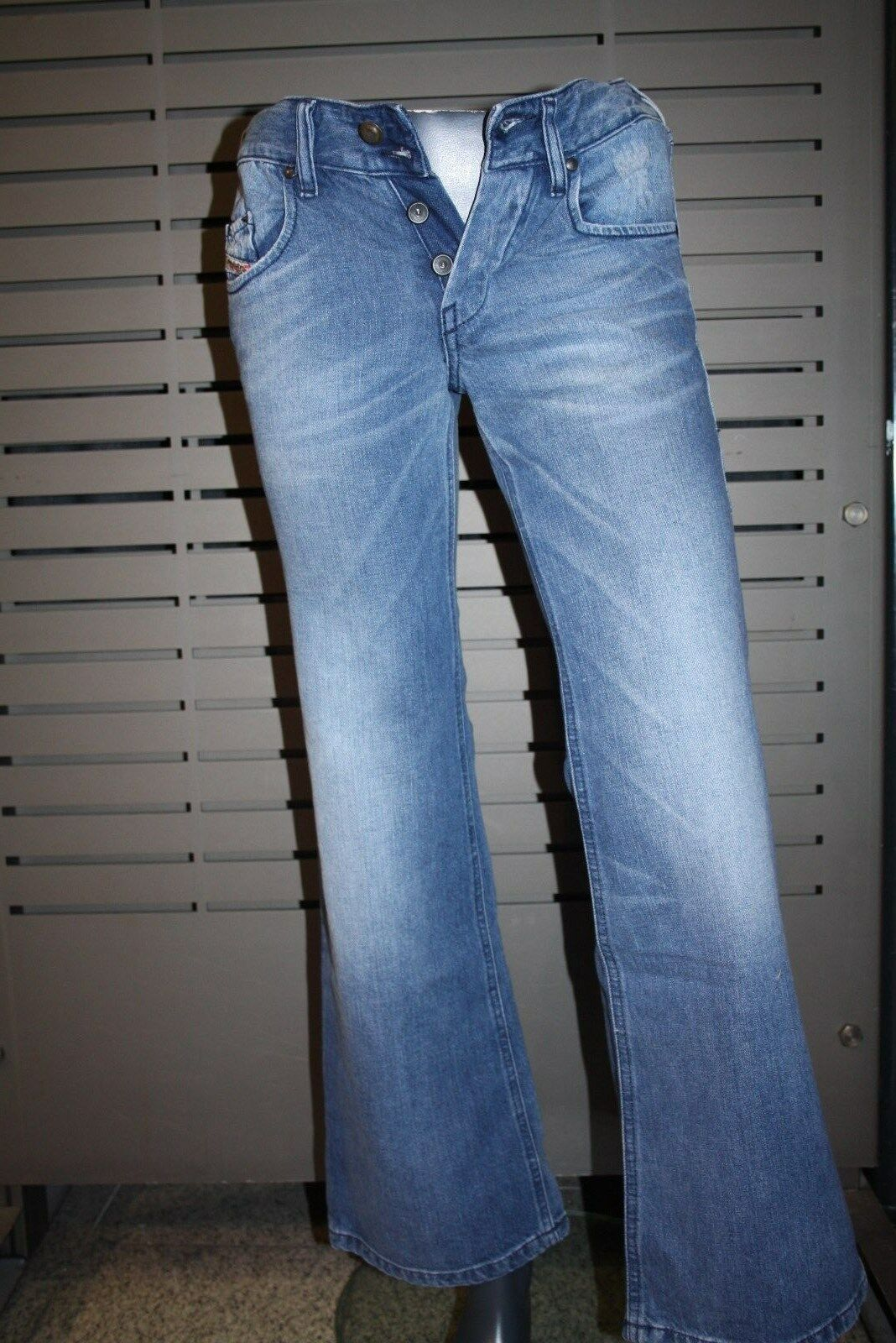 Diesel Damen Jeans  VIXY  stone washed neu ausgestellt 100% Baumwolle Basic  | Neueste Technologie  | Marke  | Qualitativ Hochwertiges Produkt