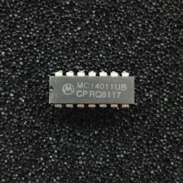 20X TI SN74HCT00N LOGIC QUAD 2-INPUT NAND HCT-CMOS DIP-14