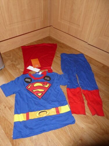 KID/'S BOY/'S GIRL/'S SUPERMAN Pyjamas REMOVABLE CAPE FANCY DRESS AGE 3-4 YEARS NEW