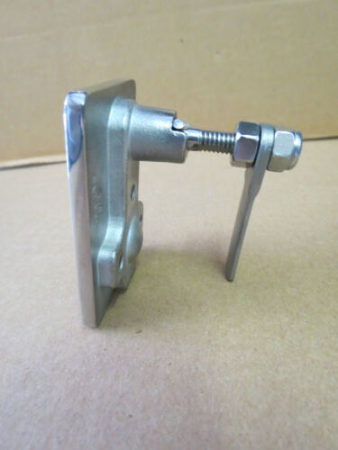 """LATCH-TITE /""""T/"""" LIFTING HANDLE LATCH 316/""""STAINLESS STEEL"""