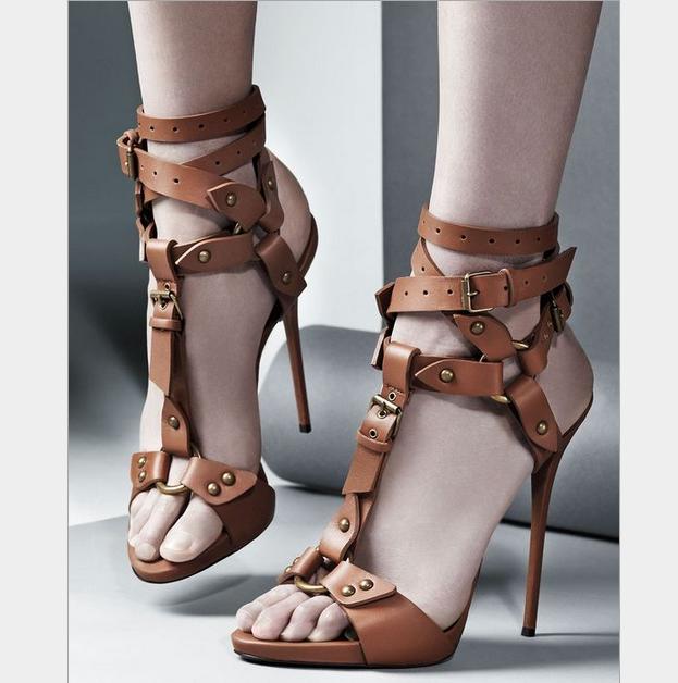 Damen Kreuzriemen Schnalle T-Riemen Nieten Sandalen Stiletto Punk High Heels