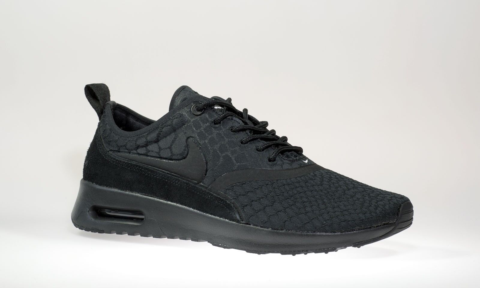 Nike Nike Nike Air Max Thea Ultra SE 881118-001 Wmn Sz 7 Black Black White e550c4