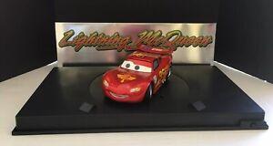 Disney-Store-Pixar-Cars-2-Limited-Edition-Lightning-McQueen-1-18-Diecast-Lights