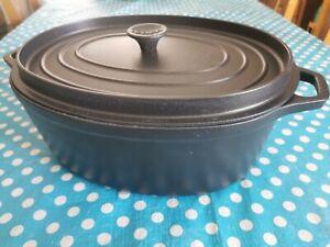 Cocotte ovale Noire 35 Cm Invicta Neuve