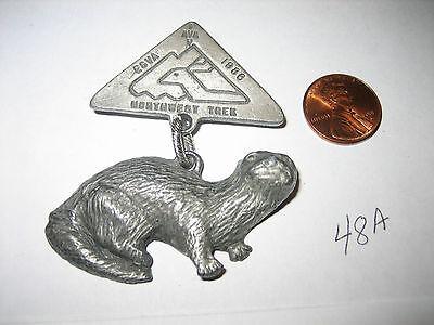 Vintage Pewter Lead Miniature 1988 IVV AVA ESVA NORTHWEST TREK OTTER PIN BADGE