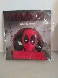 Film Deadpool Marvel 3D Magnet Ryan Reynolds