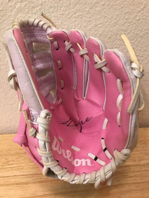Wilson T Ball Girls Pink Hope Glove Mitt A2446 Size 10 Inch Ebay